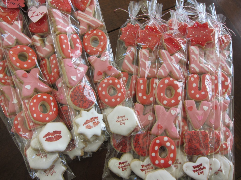 our Minis will express all your sweet feelings!!