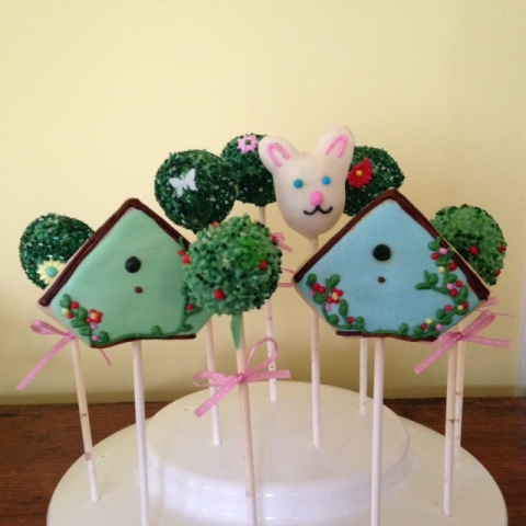 Topiary cakepops, birdhouse and bunny!