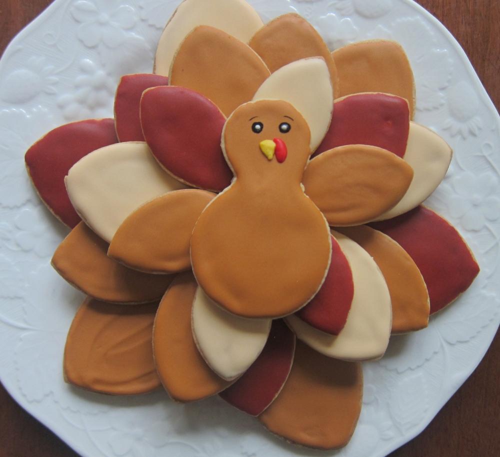 Easy Turkey platter to serve a crowd!