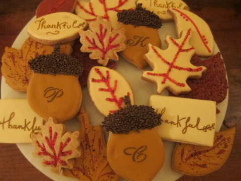 More cookies...and some cute Acorn Monogram Placecards!!