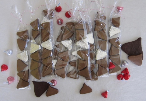 Another version of our Minis: all Hershey kisses!!
